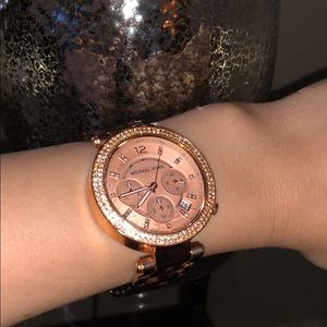 MICHAEL KORS WATCH IN VERY GOOD CONDITION
